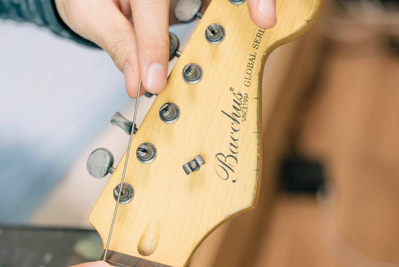 弦の長さをちゃんと測って切る